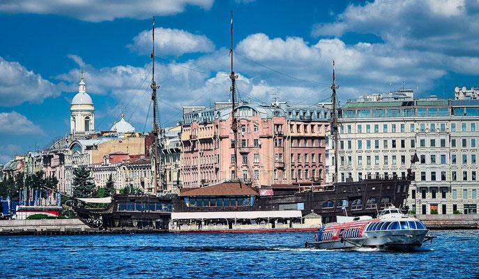 fliegender Holländer und Tragflächenboot