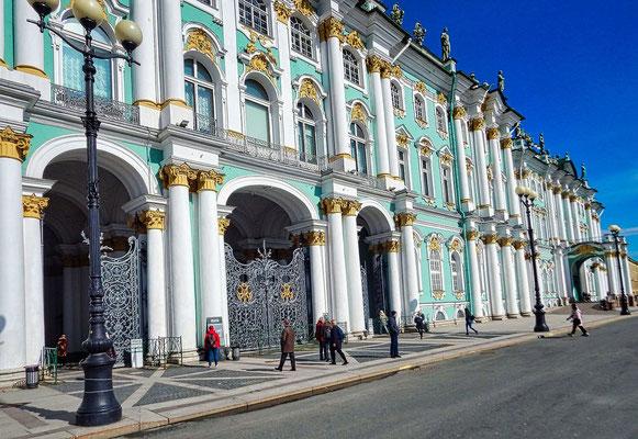 Eremitage mit dem Gebäude des Winterpalastes
