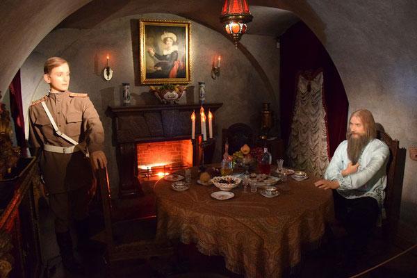 Felix Jussupow und Grigorij Rasputin im Keller