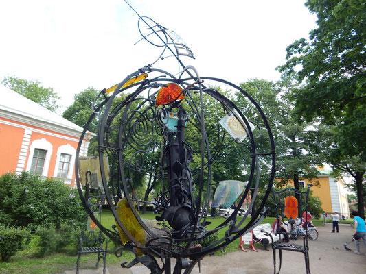 Künstlerstühle auf der Peter Paul Festung