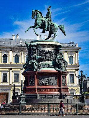 Reiterdenkmal auf dem Isaaksplatz