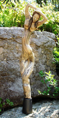 Baumtänzerin, Keramik-Holzfundstück, verkauft