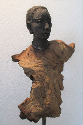 Tree-People, Keramik-Holz, ca. 45 cm