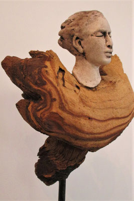 Tree-People, Keramik-Holz, ca. 35 cm