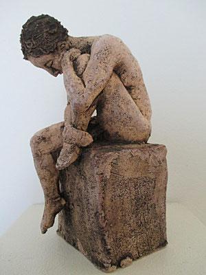 sitzender Frauenakt, Keramik