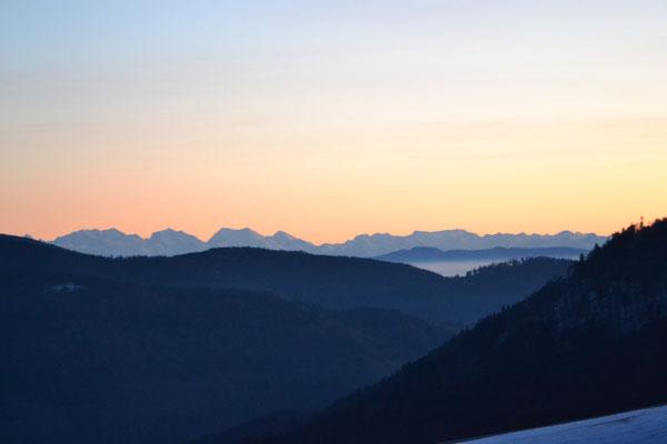 Fantastischer Sonnenuntergang im Winter