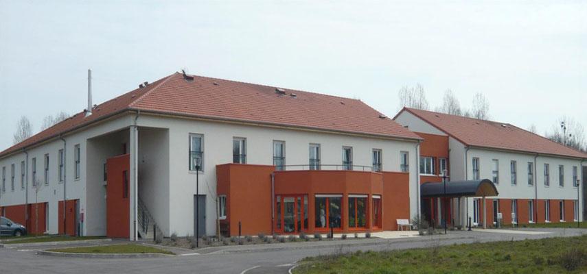 Clinique St Elisabeth à Base-Ham, travaux d'Isolation extérieure et peinture