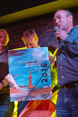 Maarten de Vries, winner of the onshore art painting