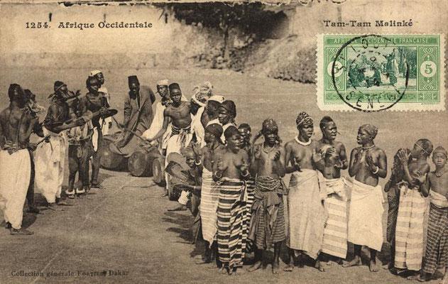 Jembe and dundun players