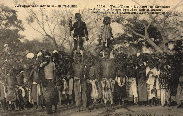 Manjanin/Mendiani dancers (ca. 1906-1908), northern Guinea (but compare next image)
