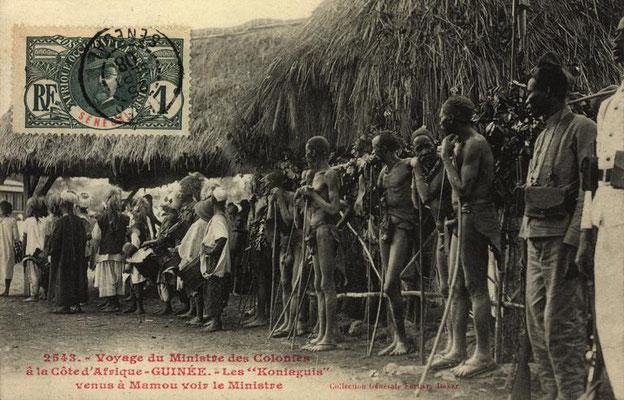 Jembe players of the Konyagi ethnic group, Mamou (Guinea) 1906-1908