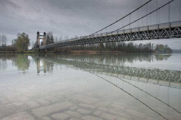 M.Cividino-Reynaud: Sous le pont 710eme