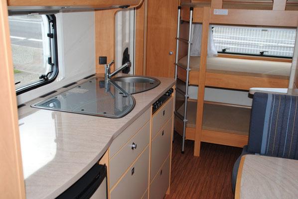 Wohnwagen Mit 3er Etagenbett Mieten : Dethleffs 560 fmk caravan reisemobil vermietung