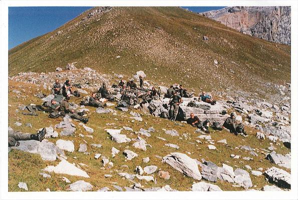 Troisième étape :  pause casse-croûte au col du Vallonnet (2524m)