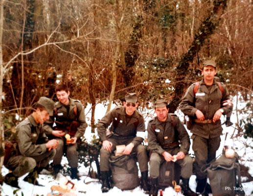 Casse-croute glacial dans les bois du Fort de vancia