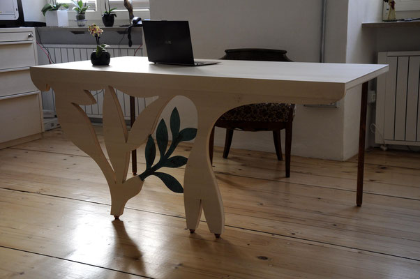 KO  Table  Desk for medical practice
