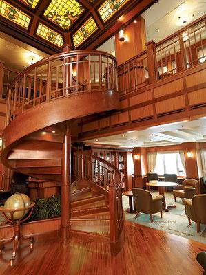 Die riesige Bibliothek der MS Queen Victoria
