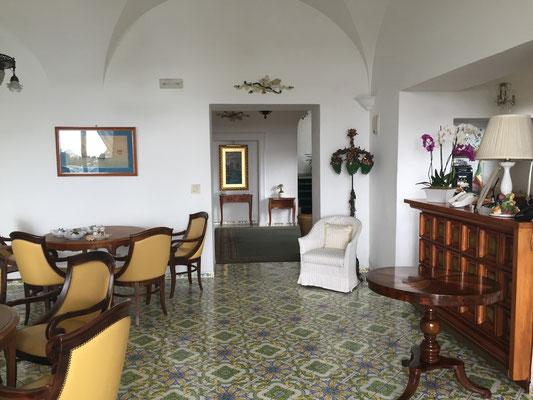 Hotel Flora Dining Room