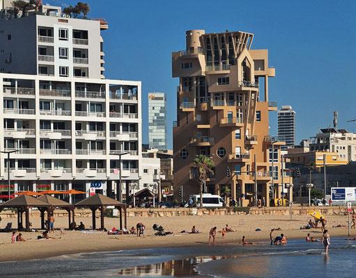 In Tel Aviv 2