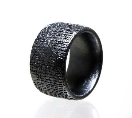 Gesso Weaving • 2020 • Silber geschwärzt