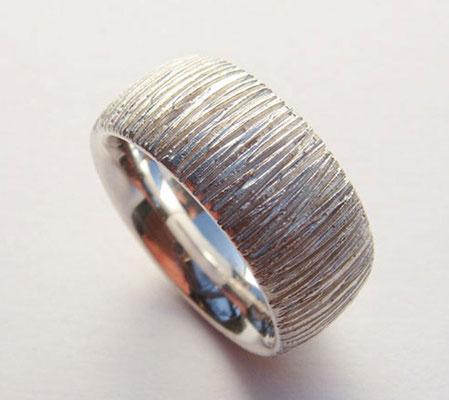 feine Rillen • Ring 2009 • Silber