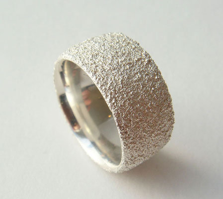 Moon Dust • Ring 2012 • Silber