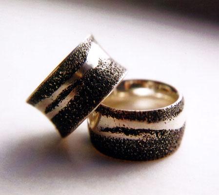 Sandspuren • Silber 925, geschwärzt