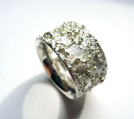 Granulat • Ring 2010 • Silber • private collection