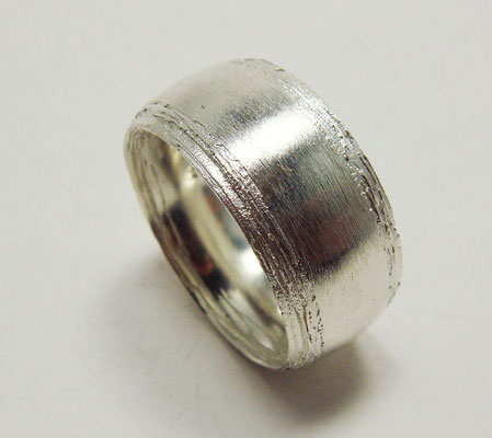 Baumrinde • Ring 2010 • Silber • private collection