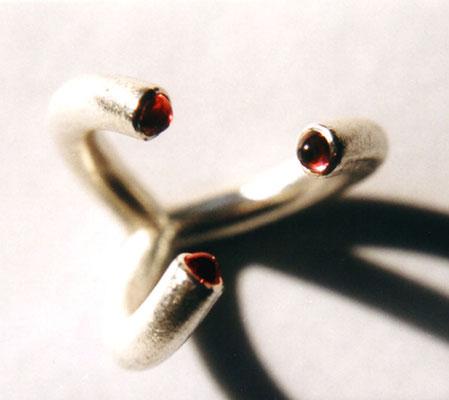 Kelche • Ring 2003 • Silber, Granate