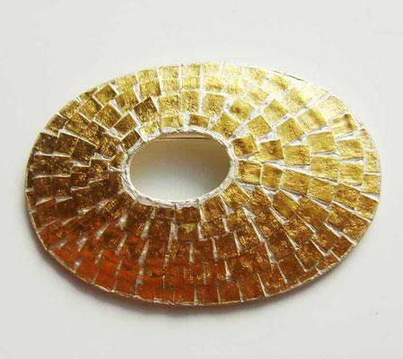 Goldschindeln • Brosche 2011 • Gold 999, Silber • private collection
