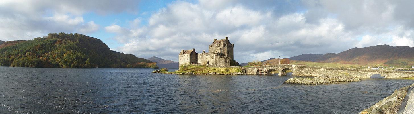 Outlander Castle Leoch Scotland