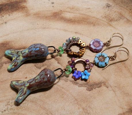 vissen oorbellen van keramiek, handgemaakte fantasy sieraden van keramiek