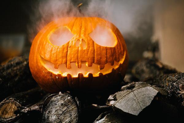 Halloween pumpkin earrings, Jack 'O lantern jewelry, scary earrings, witchy earrings