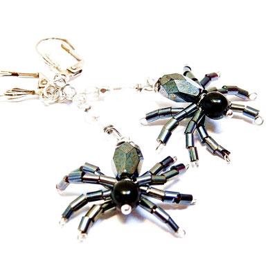Zwarte spinnen oorbellen met spinnenrag, leuk voor Halloween