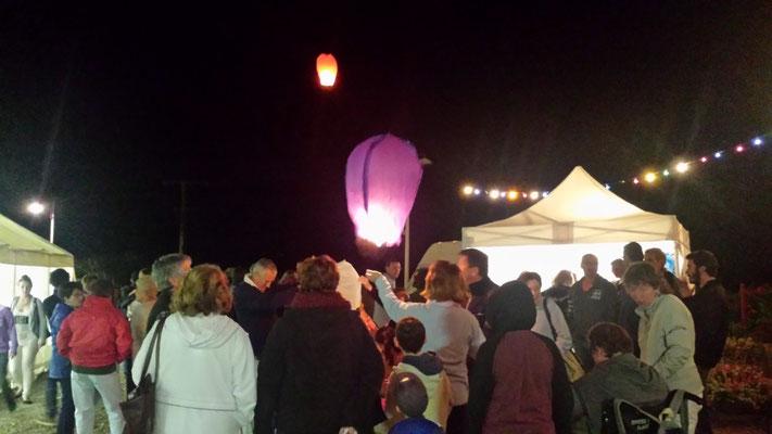 Fête patronale 2015 - Lâcher de lanternes japonaise à Sorbier (03220)