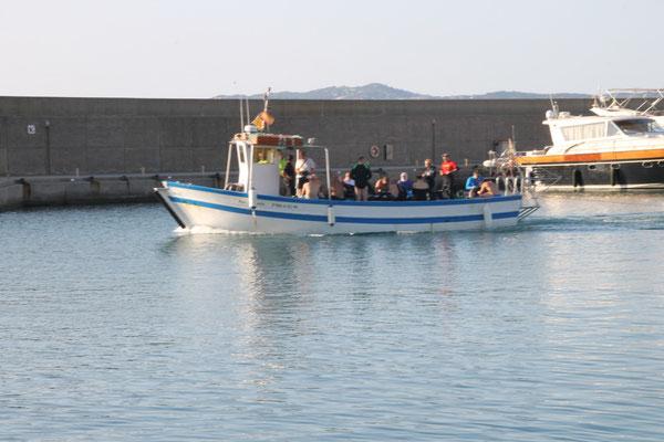 Uscita dal porto per l'immersione