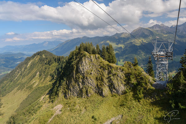 Blick vom Gipfel des Walmendinger Horns