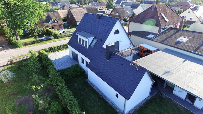 dachbeschichtung dachsanierung dachreinigung referenzen bilder fassadenreinigung berlin. Black Bedroom Furniture Sets. Home Design Ideas