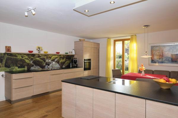 Küchenzeile mit Kücheninsel mal anders