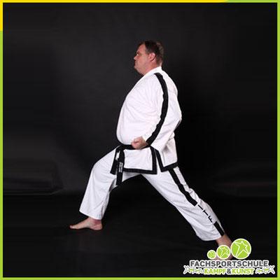 2Foto 2021 zu Tae-Kwon-Do erlenen in der Kampfsportschule Friesoythe Grafik Nr. 001