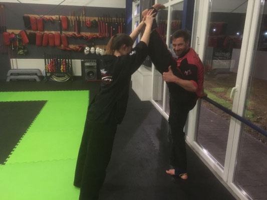 Thema Beweglichkeit durch Sport - Kinder Karate 004
