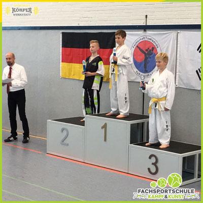 Kampfsport Turnier der IBF Deutschland mit einem Teil der Leistungsgruppe der Fachsportschule V001