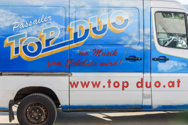 """Tourbus"" Passailer Top Duo"