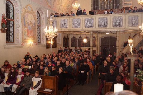Wir freun uns, wenn die Kirche bis zum letzen Platz besetzt ist.... - Volksliedchor Bad Kleinkirchheim