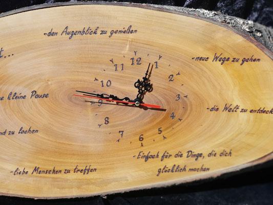 Uhren_aus_Holz
