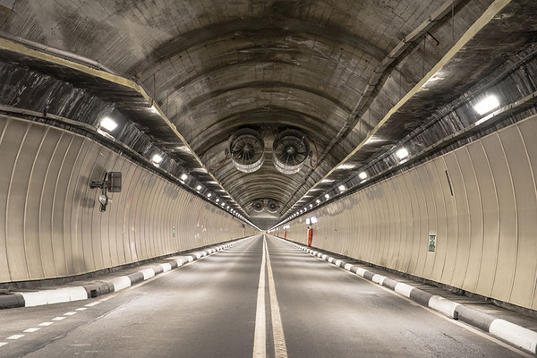Tunnel du Grand-St-Bernard - Photo © Nathalie Pallud 2017