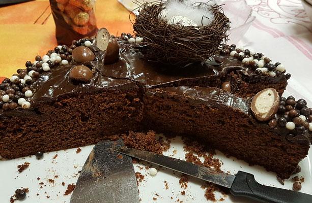 cake d'anniversaire tout chocolat