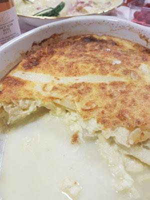 Clafoutis aux asperges blanches, amandes et parmesan