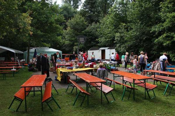 Wiesenfest  2012 Trödelmarkt